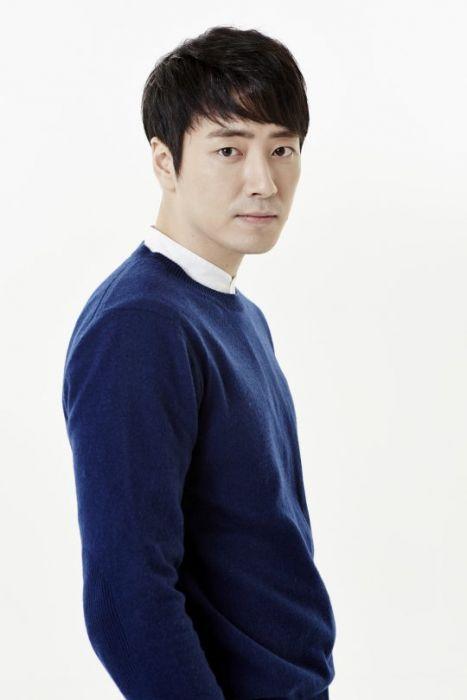 lee donghwi asianwiki
